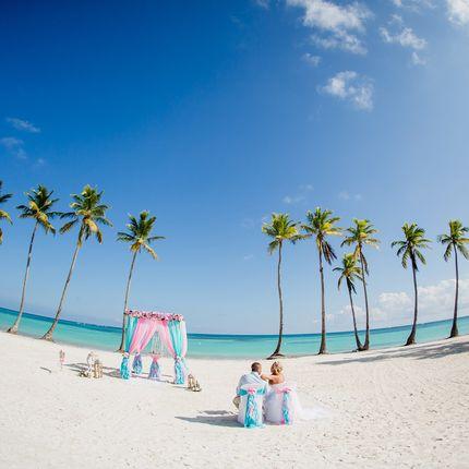 Организация свадьбы на пляже Juanillo
