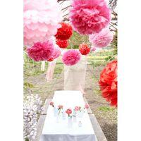Розовые и красные помпоны