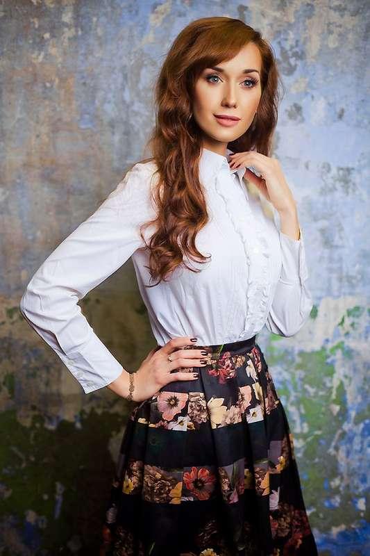 классический макияж, легкие волны - фото 2415327 Стилист-визажист Катрина Петренко