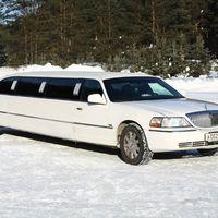 Lincoln, TownCar, белый лимузин, 9,5 метров рассчитан на 8 человек