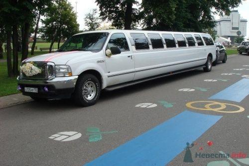 Форд Экскёршн, расчитан на 22места! - фото 252 Ретро такси - прокат ретро лимузинов