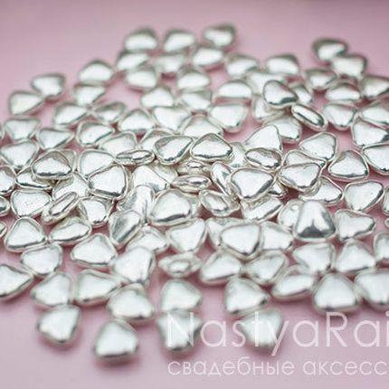Свадебное драже сердечки серебряные