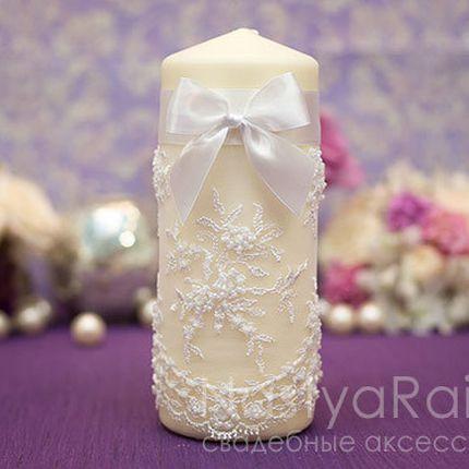 Большая свеча с кружевом белая 20 см