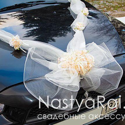 Декор свадебного автомобиля на капот