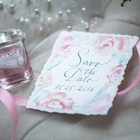 """Коллекция полиграфии """"Воздушные цветы"""": приглашения, конверт, меню, рассадочные карточки, save the date. Студия """"Настя Рай"""""""