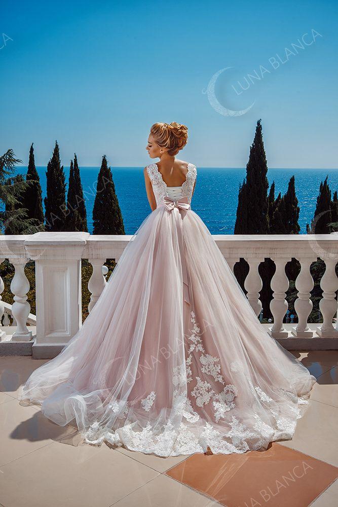 Фото 17430614 в коллекции Портфолио - Салон свадебной и вечерней моды Иль-Д-Амур