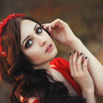 Вечерний макияж и укладка локоны