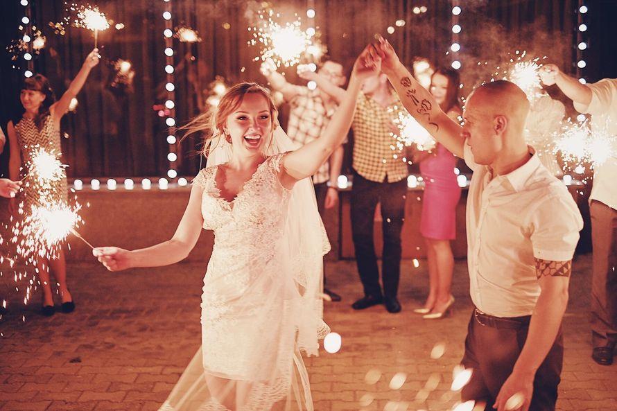 """бенгальские огни - фото 15237686 Свадебное агентство """"Атмосфера"""""""