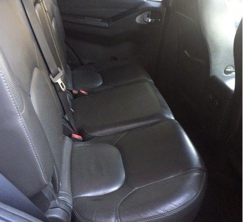 Nissan Pathfinder 2012 г.в. Цвет черный