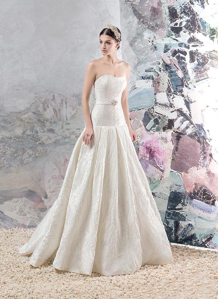 Фото платьев из пряжи ализе белла батик