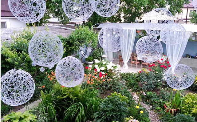 Как украсить двор дома для свадьбы