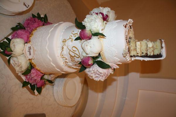 """торт с живыми цветами. разрез - фото 2646817 Кулинарная мастерская """"Мисс Бисквит"""""""