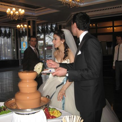Шоколадные, карамельные и сырные фонтаны