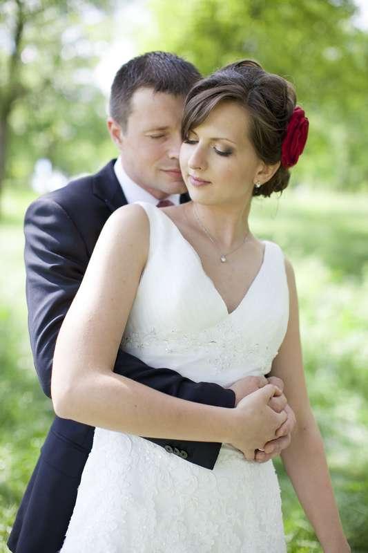 примеру, фотографы николаева свадьба надо идти дальше
