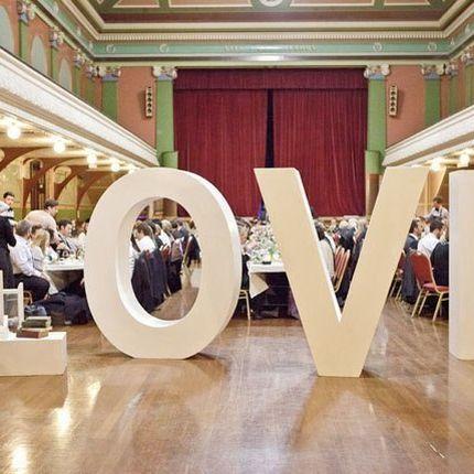 Объемное слово LOVE