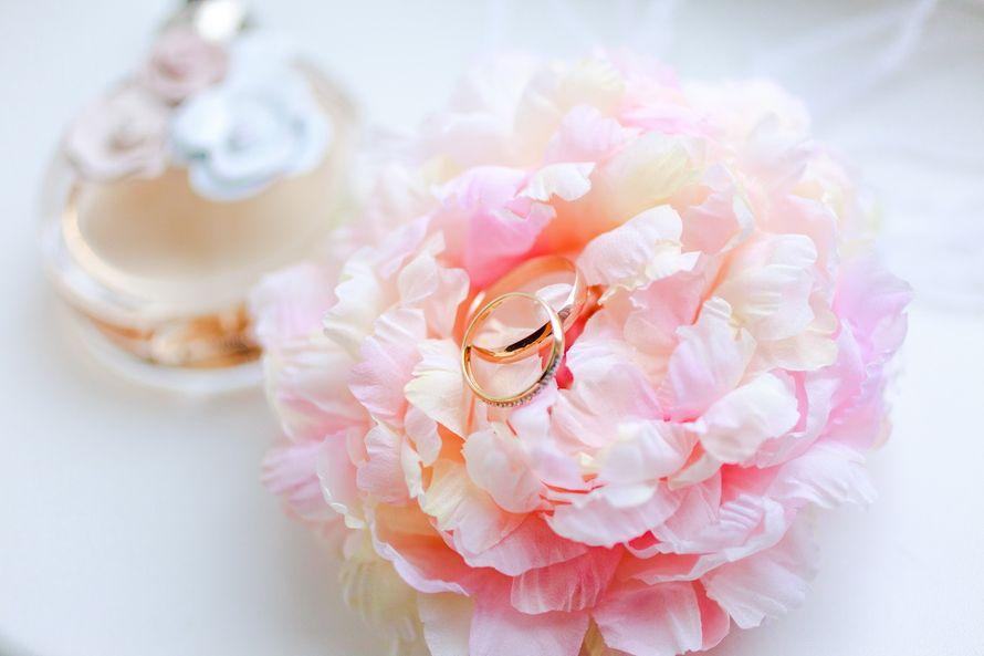 Пышный цветок-подушечка для колец в стиле Шебби Шик - фото 1858147 Cupcake Photo Studio