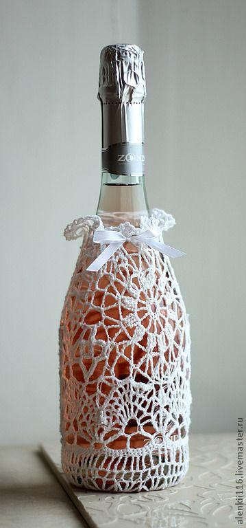 Украсить бутылку шампанского кружевом