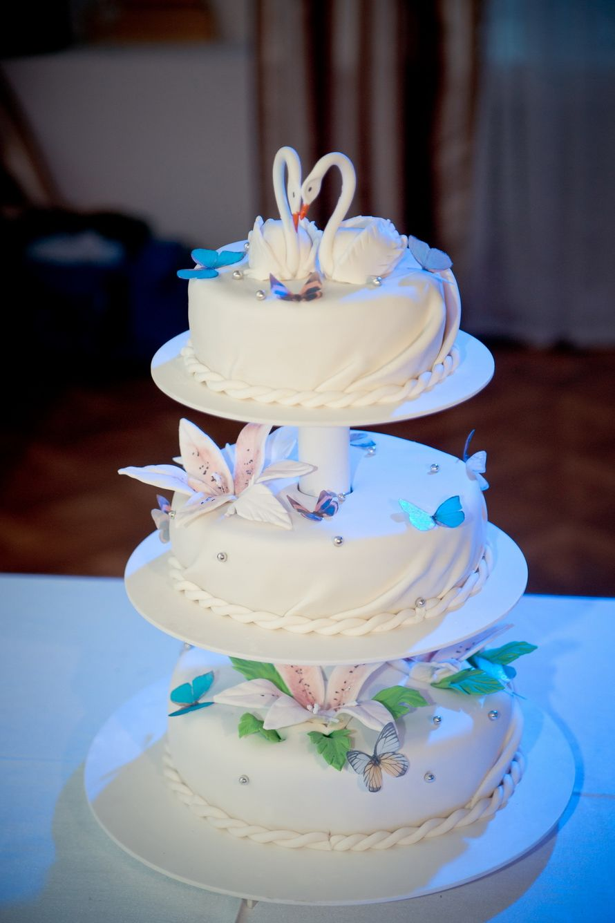 Многоярусный торт  видео