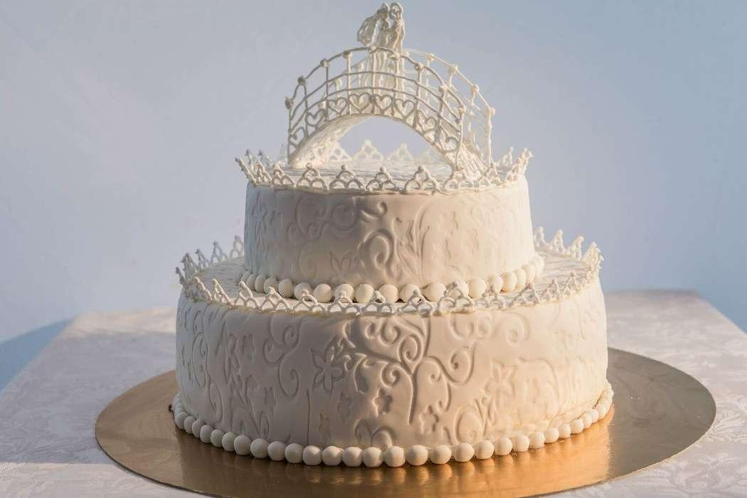 картинки тортов на венчание много ярких