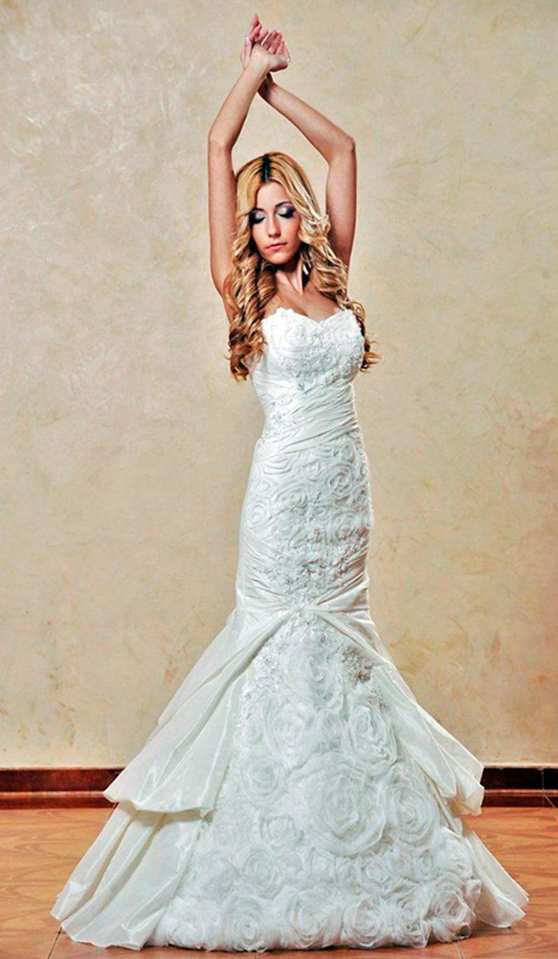 Прически на свадьбу к платье рыбка фото