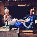 Сине-красный стиль свадьбы, оригинальные молодожены