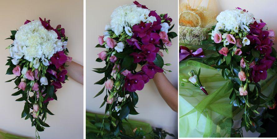 каскадный букет Невесты с орхидеей Фаленопсис и бело-розовым лизиантусом! - фото 2838559 Студия флористики и декора Оранжевое Небо