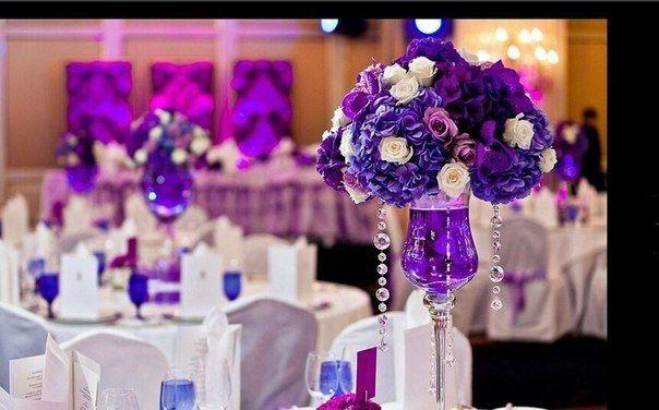 Букеты из лиловых и синих гортензий, орхидеи Ванды, кремовых и лиловых роз, украшенных нитями с кристаллами.  - фото 3626189 Арт Wedding ,свадебный декор