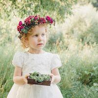 свадьба в европейском стиле с акцентами цвета марсала