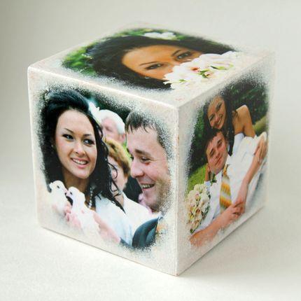 Фото на деревянном кубике
