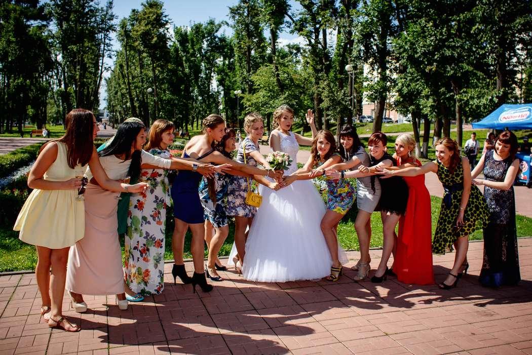Веселые подружки невесты - фото 10394852 Ведущая Наталья Смирнова