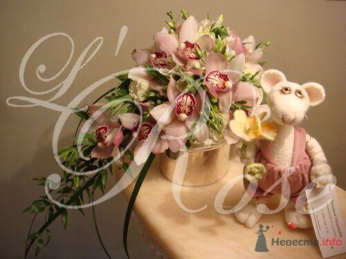 """Фото 17839 в коллекции Свадебные букеты, аксессуары - Галерея цветов """"L'Rose"""""""