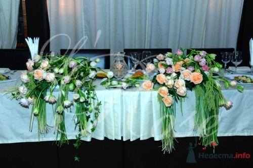 """Фото 17905 в коллекции Президиум и настольные композиции - Галерея цветов """"L'Rose"""""""