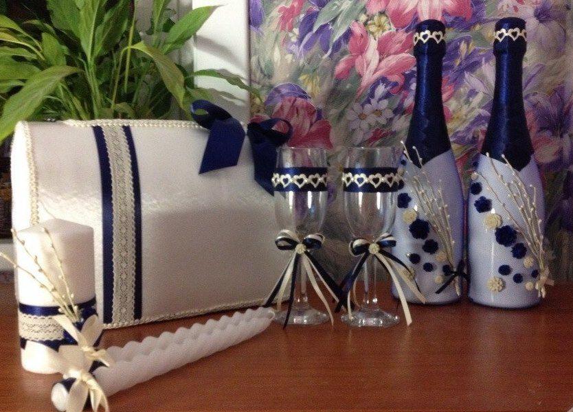 Набор свадебных аксессуаров. Все элементы выполнены темно синими и кремовыми элементами.  - фото 3005271 Татьяна Неретина - аксессуары ручной работы