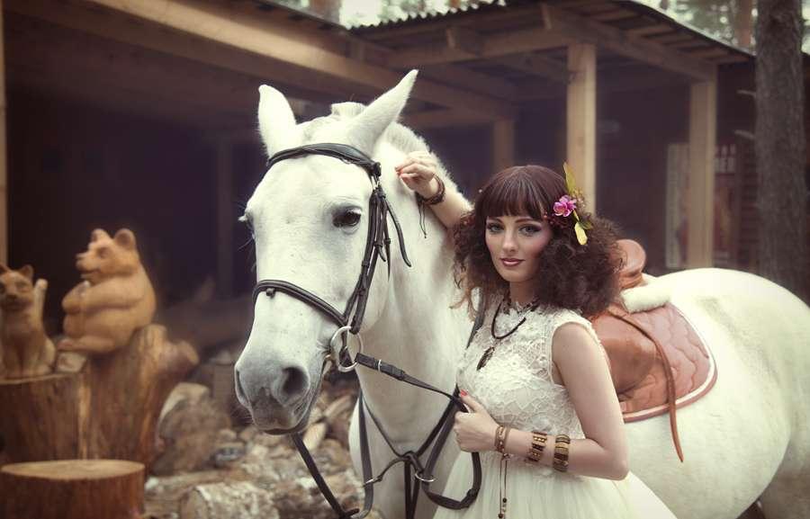 Невеста в стиле Хиппи. - фото 17022124 Стилист по причёскам Елена Растоскуева