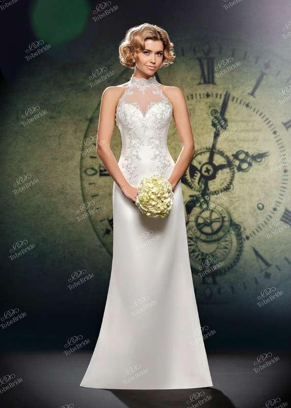 """Прямое платье с атласной юбкой и закрытым верхом из кружева с вырезом """"английская пройма""""  - фото 2972275 Салон свадебной и вечерней моды """"Белый Танец"""""""
