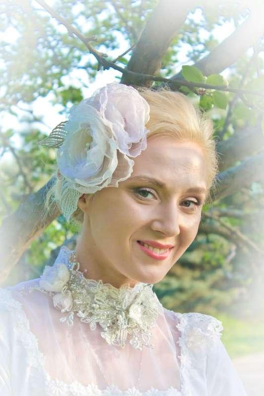 колье невесты в винтажном стиле из кружева и бисера  дизайнерские аксессуары Алины Ё - фото 2449617 Авторские свадебные и вечерние шляпки от Алины Ё