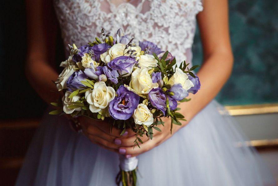 Свадебный букет невесты 1000 рублей спб