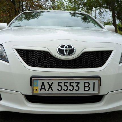Toyota Camry Hybrid аренда авто с водителем