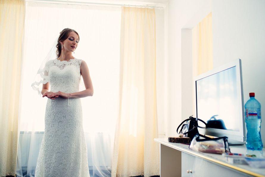 Элегантное платье с открытой спинкой на невесте Анастасии! - фото 14892626 Свадебный салон Юлии Савиной