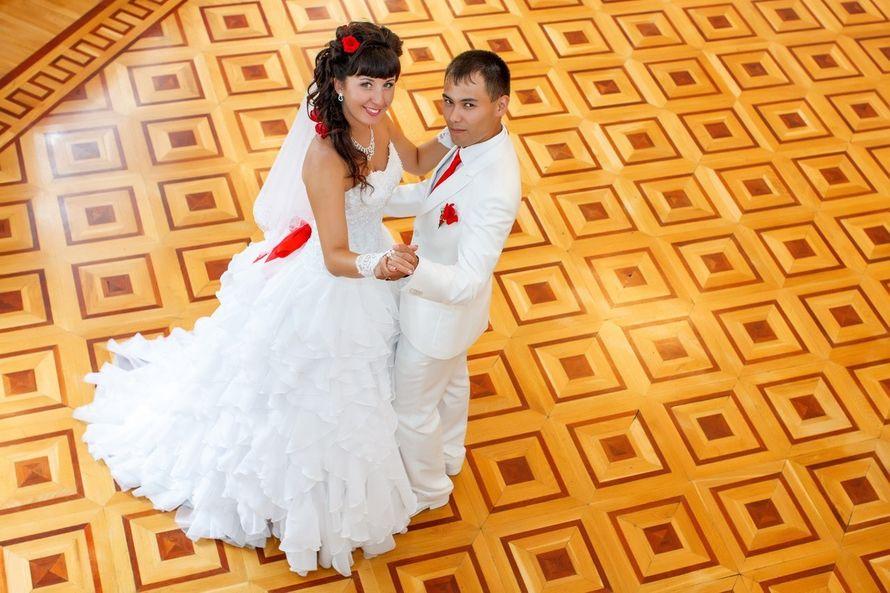 Нежность кружева и шифона представлена в платье на невесте Ольге! - фото 14892636 Свадебный салон Юлии Савиной