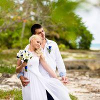 Доминикана, остров Саона, свадьба в голубом цвете, букет