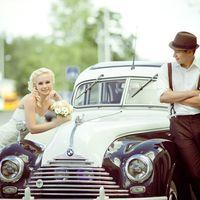 Ретро свадьба. С редко машинкой и подтяжками