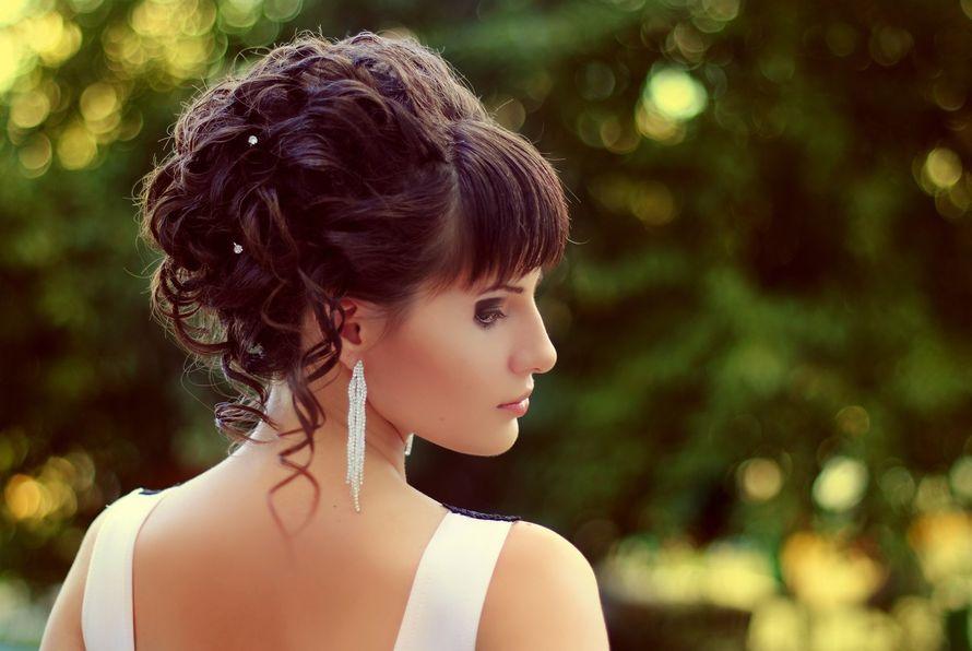 Фото свадебных причесок на средние волосы с челкой без фаты