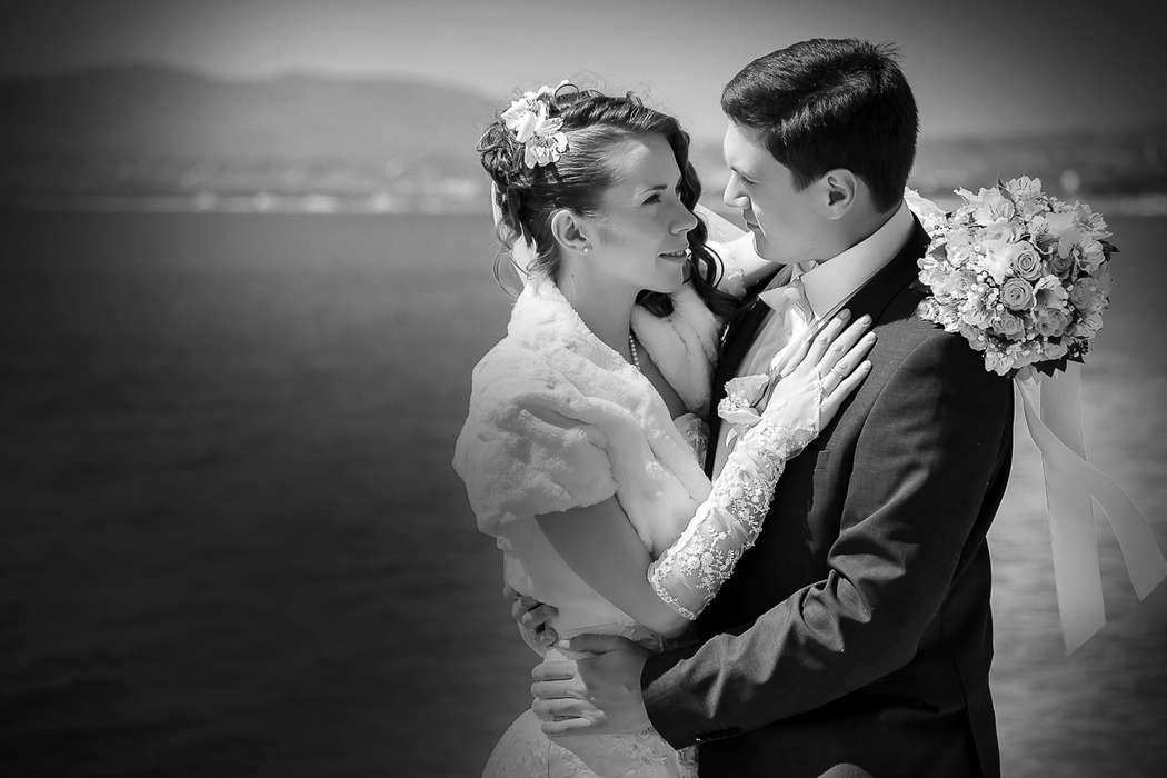 Фотосъемка свадьбы на берегу Чёрного моря в Геленджике. - фото 9020776 Свадебный фотограф Кирилл Бондарев