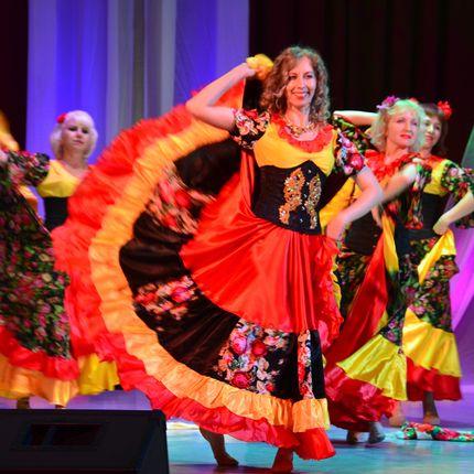 Цыганские танцы на торжество - 1 номер