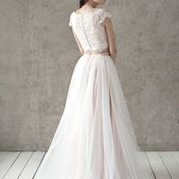 Больше фото:   Свадебное платье «Кира» Цена: 29 900 ₽  Возможные цвета: - молочный - нежно-розовый - светло-персиковый - светло-кофейный - бежевый - припыленно-сиреневый - припыленно-серый  При отсутствии в наличии нужного размера это платье может быть вы