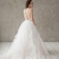 Больше фото:   Свадебное платье «Мартина» Цена: 59 900 ₽  Возможные цвета: - белый - молочный - нежно-розовый - жемчужно-кофейный - припыленно-сиреневый - припыленно-серый  При отсутствии в наличии нужного размера это платье может быть выполнено в размера