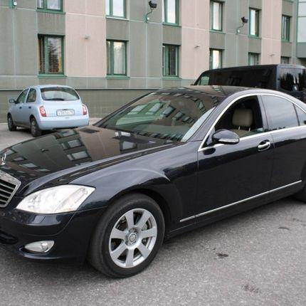 Аренда Mercedes Benz S Class W221