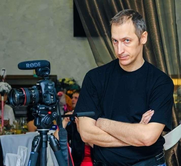 НА РАБОТЕ - фото 3527843 Видеограф Александр Трейго