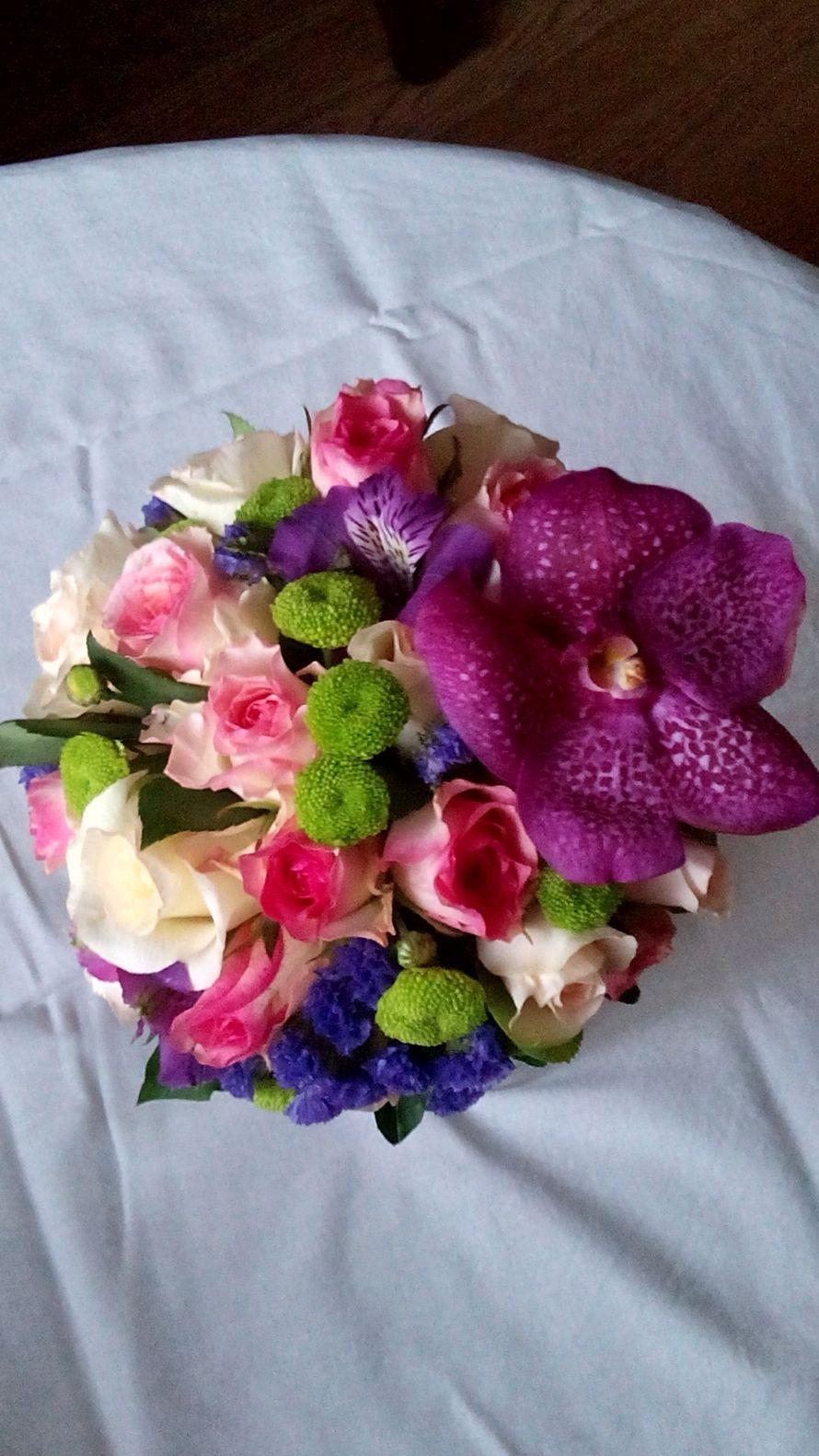 Букеты невесты из орхидей ванда